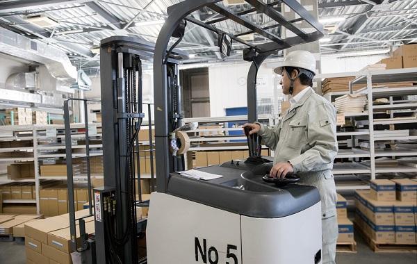 製造業の派遣社員として働く人に聞いた!スキルアップを目指しているかどうか